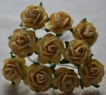 1.5cm PALE LIGHT YELLOW / DEEP CREAM Mulberry Paper Roses